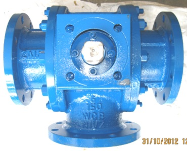CS-Three-Way-Ball-Valve-Gear-Operated-Flanged-End-India