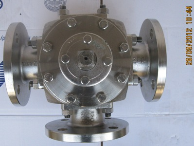 3-Way-Ball-Valve-Manufacturer-Manufacturers-Exporters-India